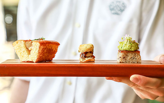Jonathan-Boncek_Cannon-Green_Fried-Chicken-Biscuit,-Lobster-Roll,-and-AvocadoToastCanapés-680x425_WR_12